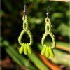 Boucles doreilles celtique macrame vert clair