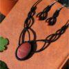 Parure celtique noir et jaspe rouge